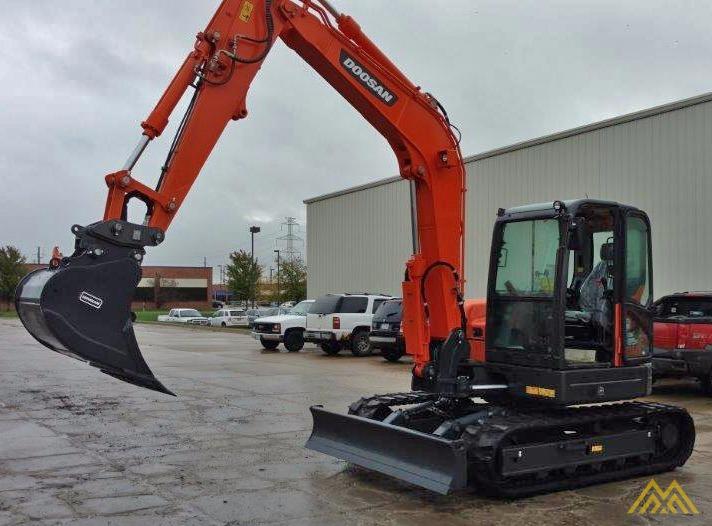 18,000 lb. Doosan DX85R-3 Hydraulic Excavator 2