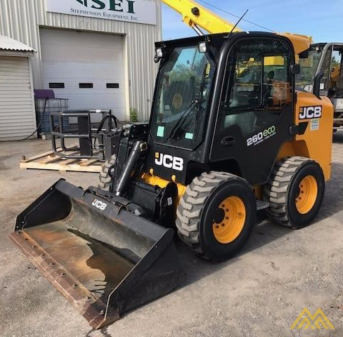 2,600 lb. JCB 260 Skid Steer 0