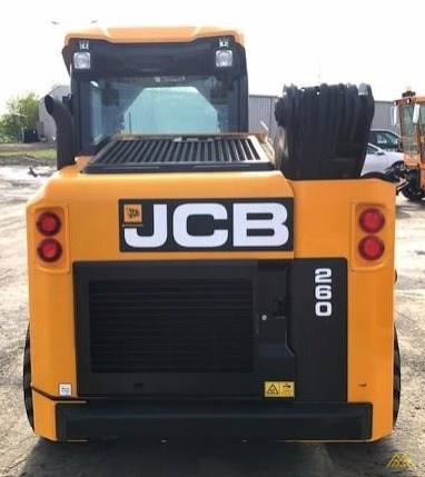 2,600 lb. JCB 260 Skid Steer 2