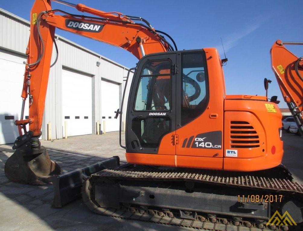 32,000 lb. Doosan DX140LCR-3 Hydraulic Excavator 1