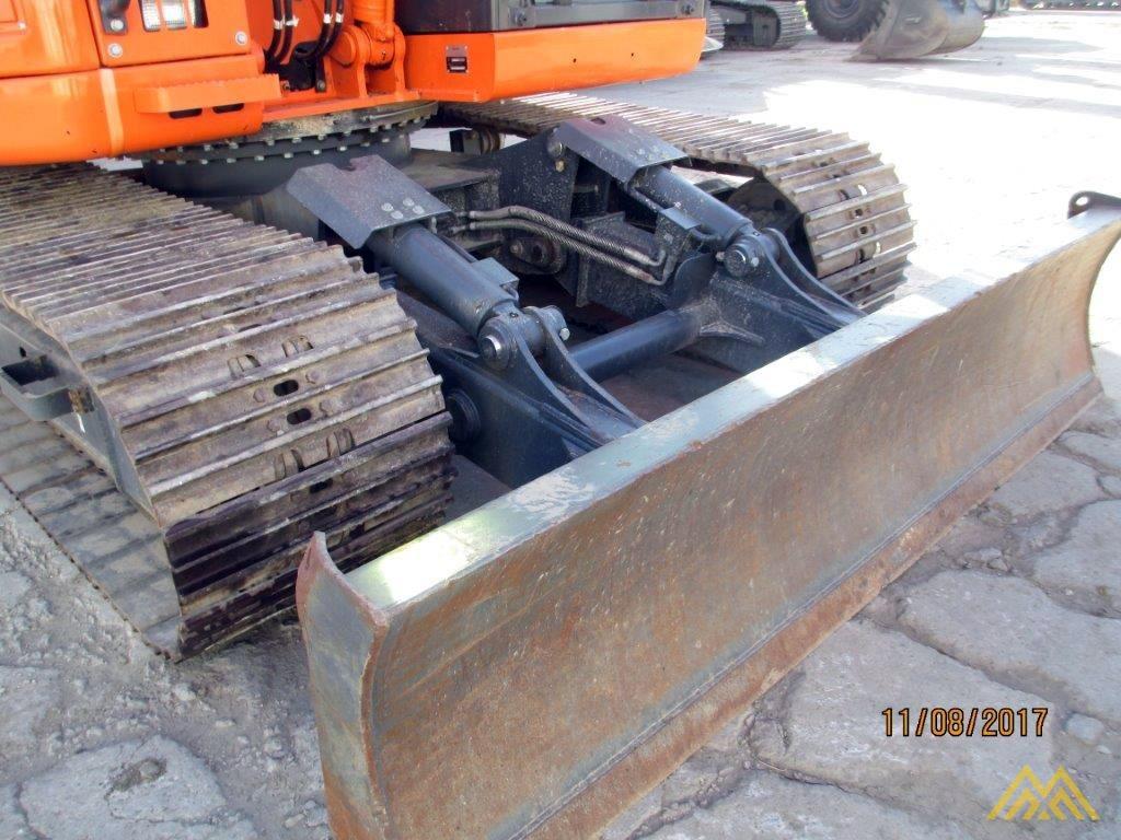 32,000 lb. Doosan DX140LCR-3 Hydraulic Excavator 6