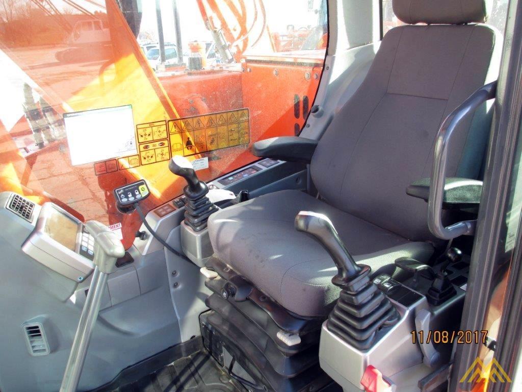32,000 lb. Doosan DX140LCR-3 Hydraulic Excavator 10