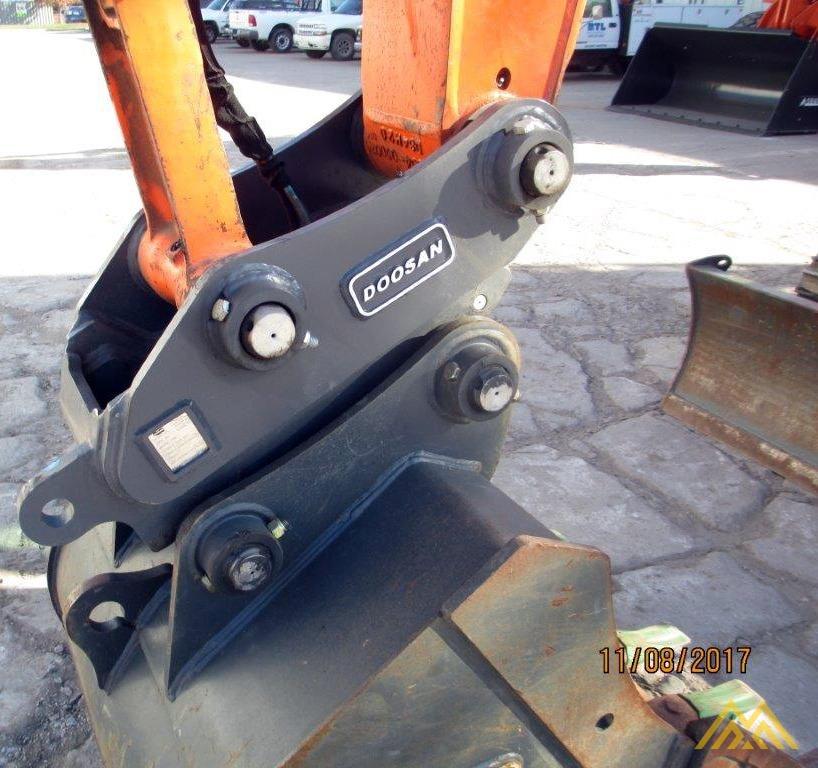 32,000 lb. Doosan DX140LCR-3 Hydraulic Excavator 8