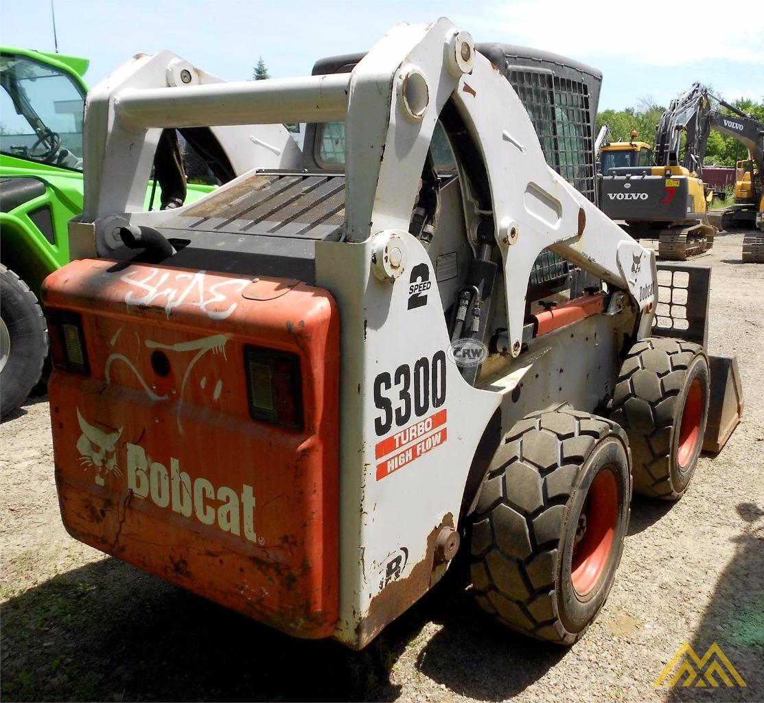 Bobcat S300 Skid Steer 4