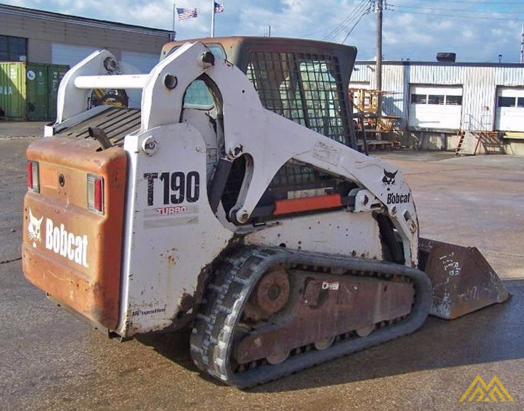 Bobcat T190 Compact Tracked Loader 2