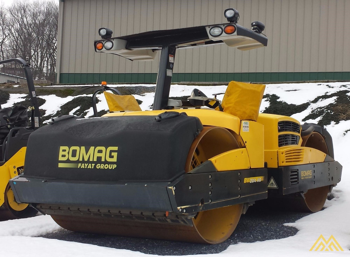 Bomag BW284AD Tandem Roller 1