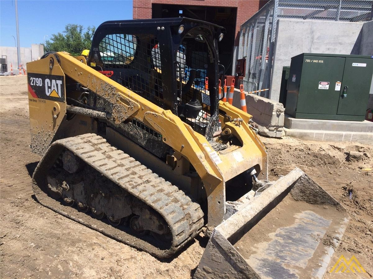 CAT 279D Compact Track Loader 2