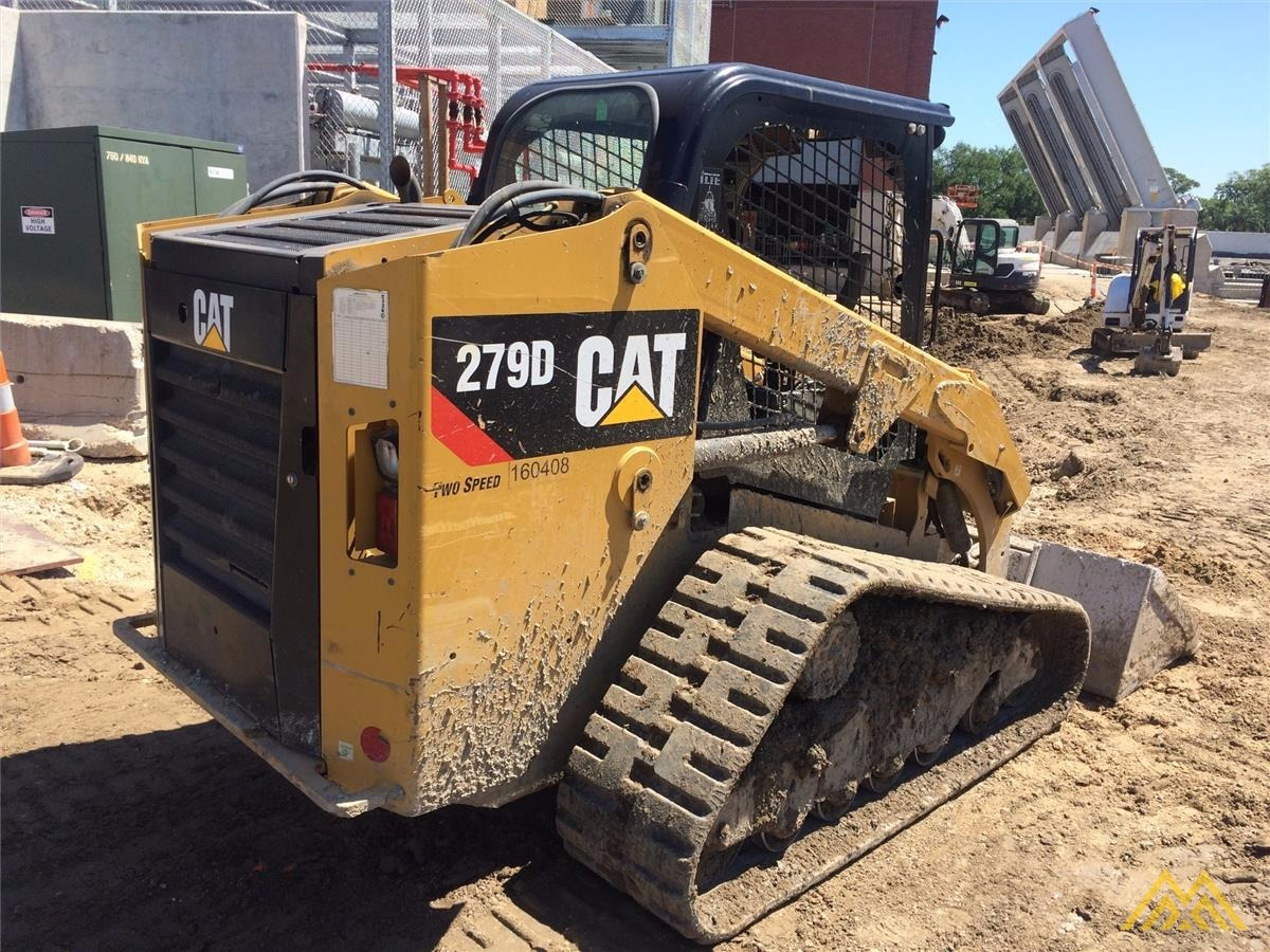 CAT 279D Compact Track Loader 1