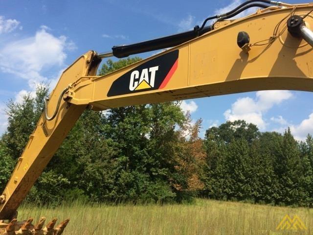 CAT 320E Crawler Excavator 2