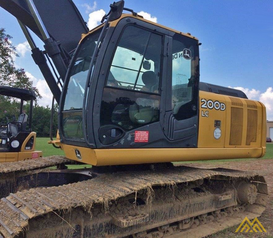 Deere 200D LC Crawler Excavator 0