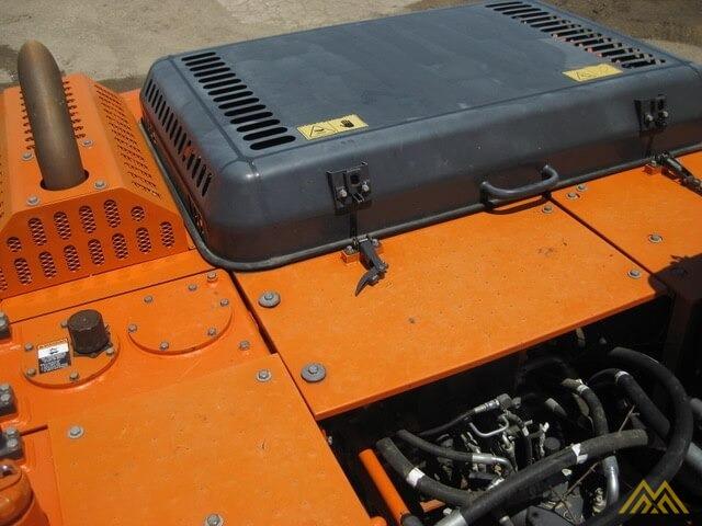 Doosan DX225LC-3 Hydraulic Excavator  2