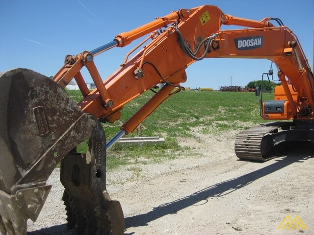 Doosan DX225LC-3 Hydraulic Excavator  5