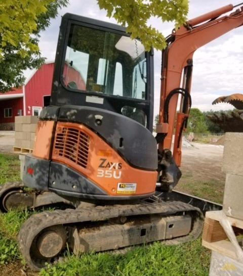 Hitachi ZX35U-2 Mini Crawler Excavator 0