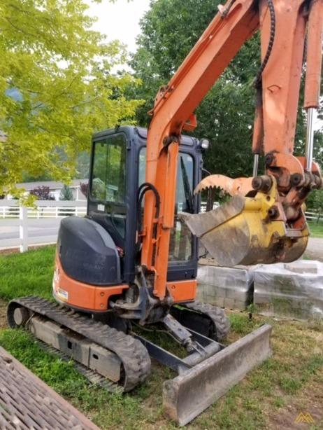 Hitachi ZX35U-2 Mini Crawler Excavator 1