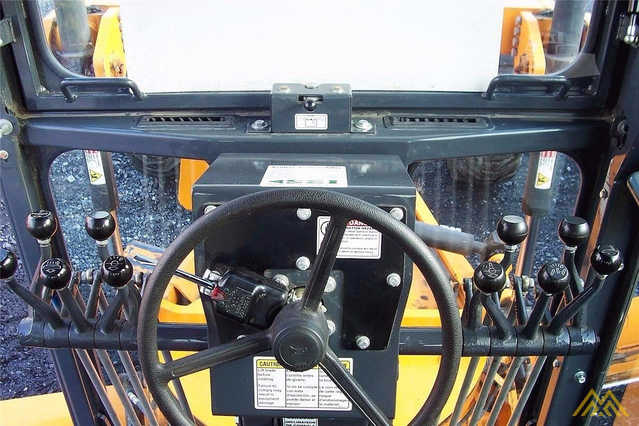 LeeBoy 785 Motor Grader 7
