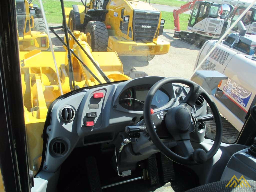 Low Hours!! KCM 70Z7 Wheel Loader 4