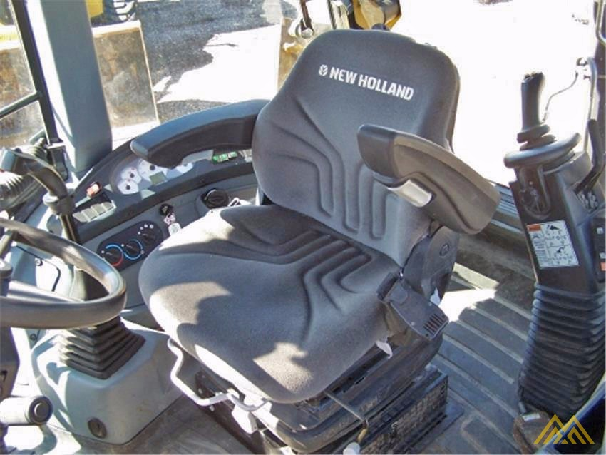 New Holland B95C Backhoe Loader 4