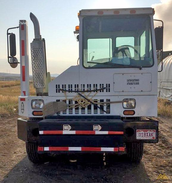 Ottawa Commando 30 Terminal Tractor 3