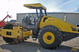 2013 BOMAG BW211PD-50