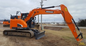 37,400 lb. Doosan DX140LCR-5 Hydraulic Excavator