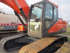 47,000 lb. Doosan DX225LC-5 (US20) Hydraulic Excavator