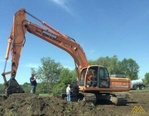 67,000 lb. Doosan DX300LC Hydraulic Excavator
