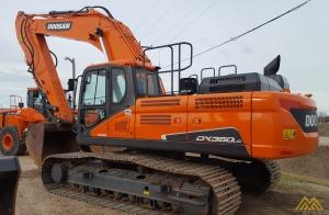 77,000 lb. Doosan DX350LC-5 Hydraulic Excavator