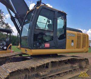 Deere 200D LC Crawler Excavator