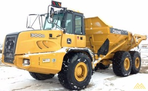 Deere 300D-II Articulating Off Road Dump Truck