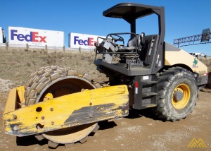 Volvo SD115F Single Drum Padfoot Roller
