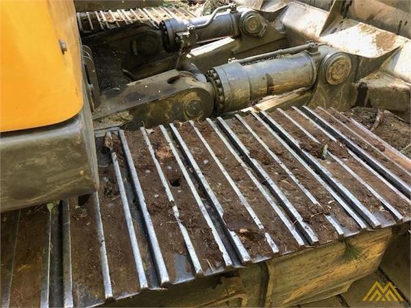 Volvo EC140DL Crawler Excavator 10