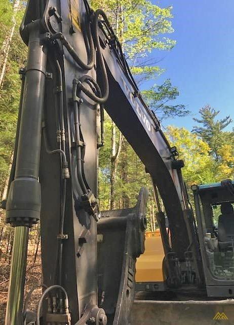 Volvo EC140DL Crawler Excavator 5