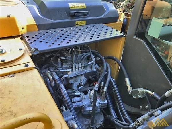Volvo EC140DL Crawler Excavator 12
