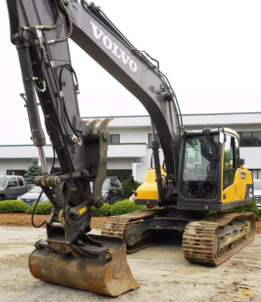 Volvo EC160DL Crawler Excavator 2
