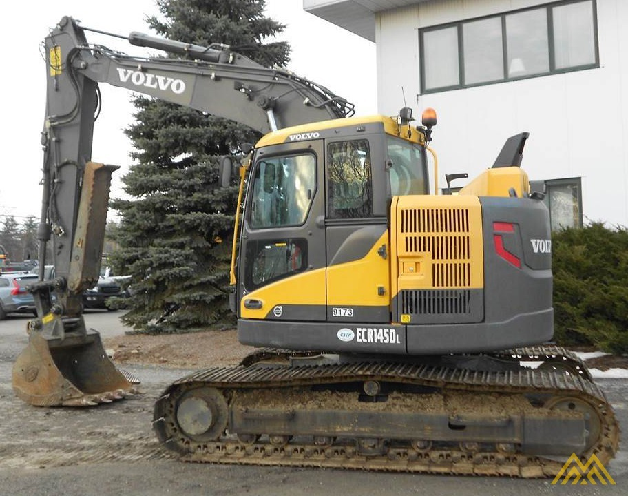 Volvo ECR145DL Compact Excavator 1
