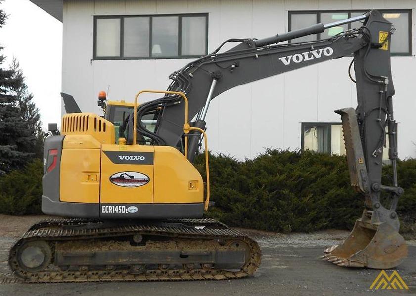 Volvo ECR145DL Compact Excavator 3