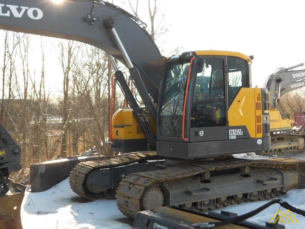 Volvo ECR235EL Compact Excavator 2